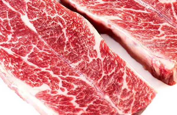 紅肉與油脂的分界