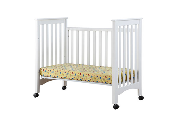 可調高度嬰兒床