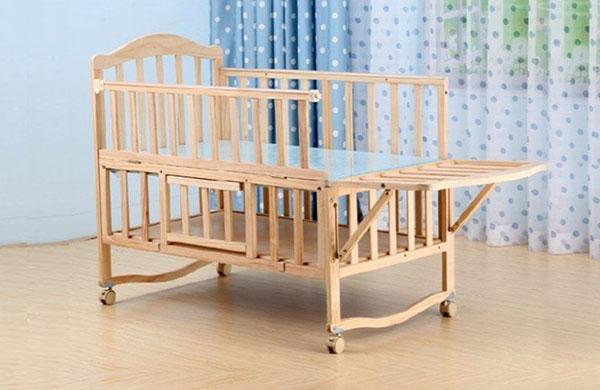 多功能型嬰兒床