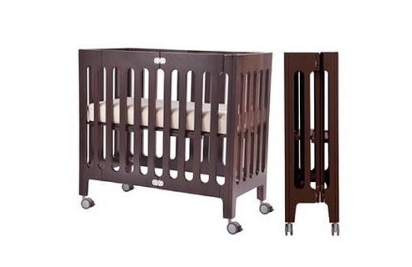 可摺疊嬰兒床