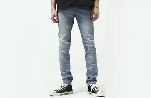 窄管牛仔褲 / 緊身牛仔褲