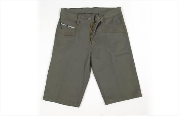 軍裝風短褲