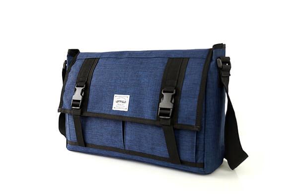 大容量側背包
