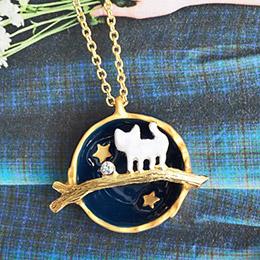 日本Hilaris 迷幻雲彩貓咪星球項鍊