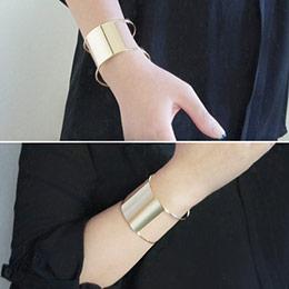 Solid Square 方形縷空個性手環