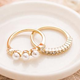 慵懶夢遊珍珠排列貓眼鑽搭排鑽戒指組