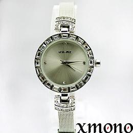 時尚耀眼施華洛世奇晶鑽錶