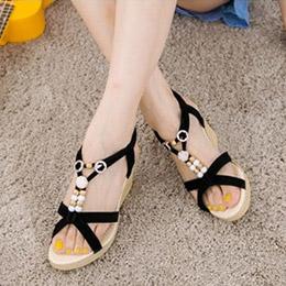 細緻絨布花朵楔型涼鞋