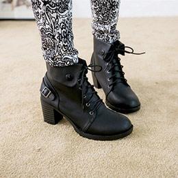 個性派對翻領綁帶粗跟短靴