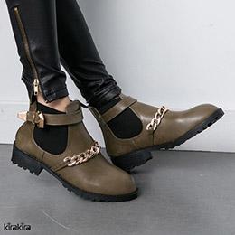 金鏈率性皮革低跟短靴