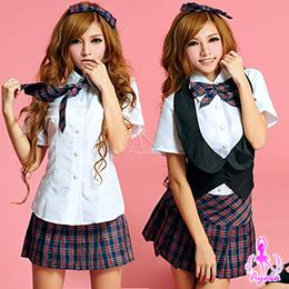 格紋五件式學生服