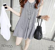 黑白格紋寬鬆傘擺洋裝