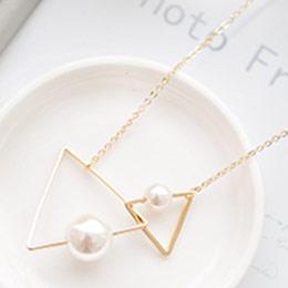 簡約設計雙三角金屬線條珍珠短鍊