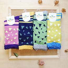簡約搭配撞色 三角形條紋 襪子 (4色)