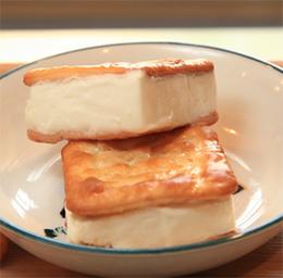 懷舊冰品冷飲~ 牛奶冰淇淋三明治