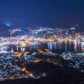 日本旅遊必去景點:鑽石星塵與太陽柱