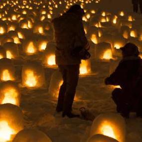 日本旅遊必去景點:橫手雪屋節