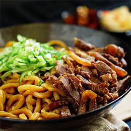 排骨/牛肉/豬腳乾拌拉麵