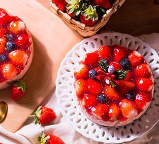 全台唯一!夢幻高山草莓融心乳酪6吋