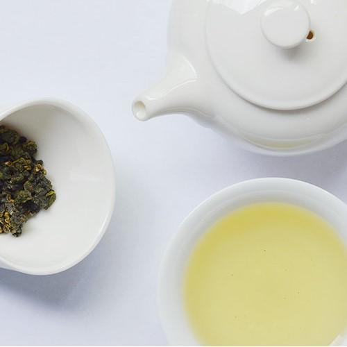 《沁意》梨山烏龍茶(立罐)