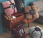 法蘭絨x羊羔絨暖毯