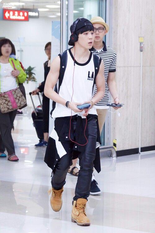 EXO 機場時尚