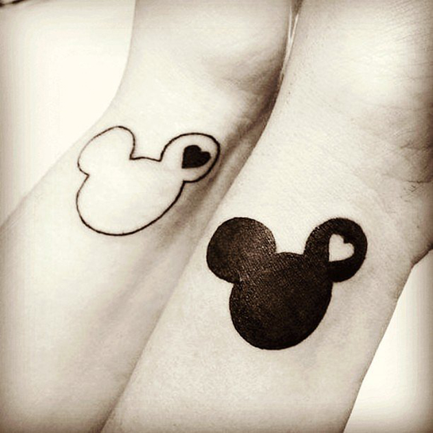 Black-White-Mickey-Minnie-Design