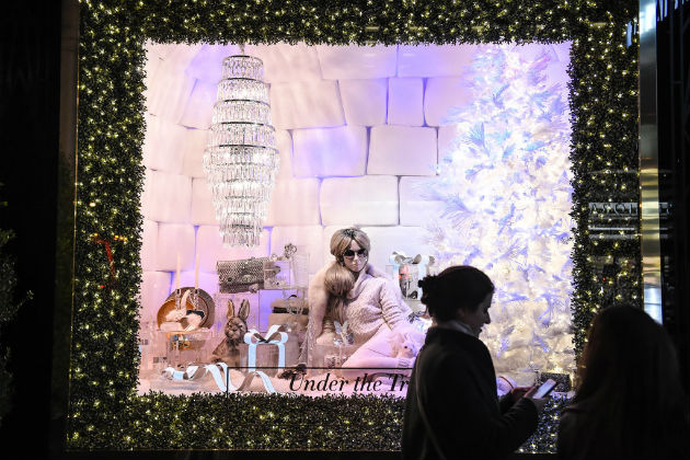 Best-Department-Store-Holiday-Windows-2015 (10)