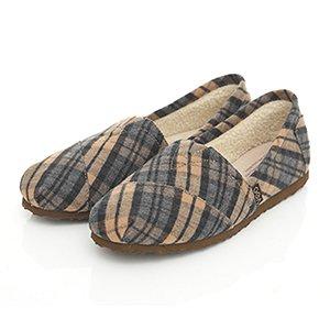 毛呢格紋內刷毛輕便鞋