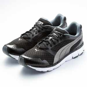POSEIDON 輕量慢跑鞋