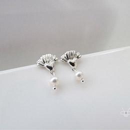 珍珠康乃馨 (項鍊銀飾) 925純銀
