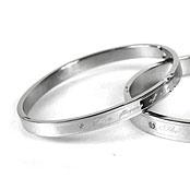 【柒彩年代】專櫃鋼製精緻刻字˙搭配情侶手環