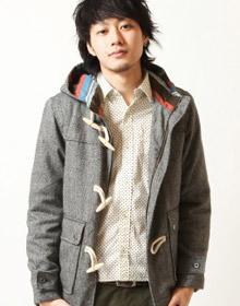 粗織彩色纖維牛角扣外套