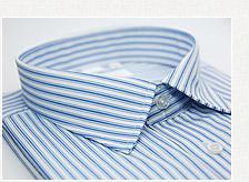 金•安德森 白底藍色條紋長袖襯衫