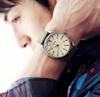 絨面皮革錶帶卡其色手錶