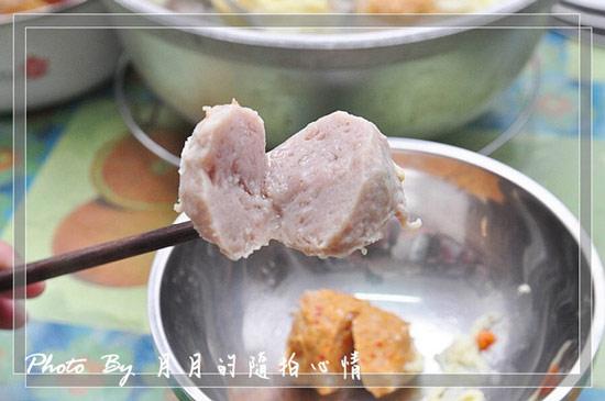原味鮮肉丸有很原始的豬肉甜味又會爆漿,很飽滿~