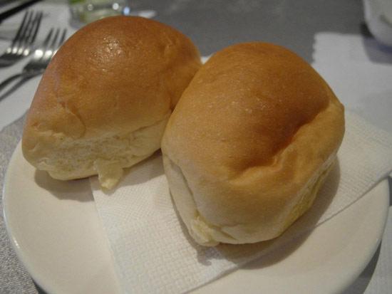 鷹堡提供的奶油麵包