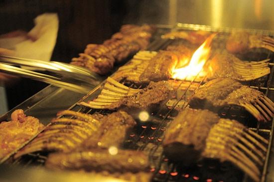 烘烤中的肉香真的很折磨人