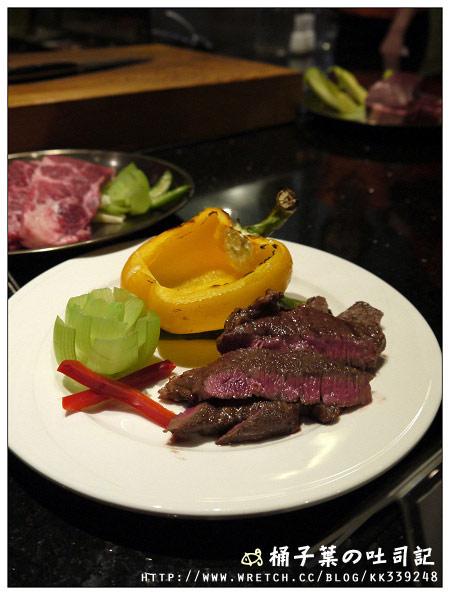 擺好盤的牛肉真的很漂亮