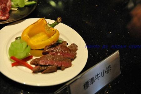 標準牛小排是烤肉的上等食材