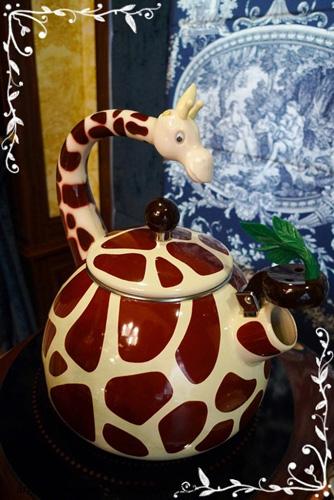 這是老師用的大茶壺,也太可愛了吧!!