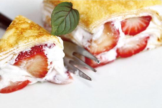 美食王特推-草莓季限定【塔吉特】【草莓多千層蛋糕】
