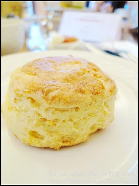 我終於~找到比smith&hsu還好吃的scone了!!!