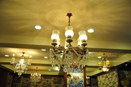 燈飾沒有雷同,造型看來確實珍品。