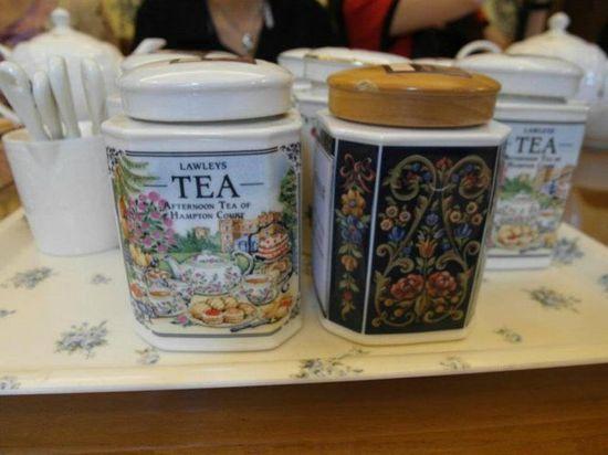 裝紅茶的罐子最好選用陶瓷來保存會比較好
