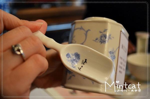 這個茶匙和茶罐也太可愛了,我好想要,不過沒看到茶館裡有賣