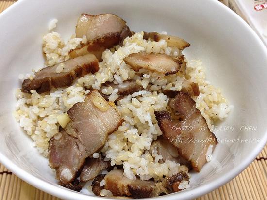 部落客,飯菜鋪子,砂鍋牛腩,魚片排骨湯,香烤無骨雞腿,邱媽媽鹹豬肉