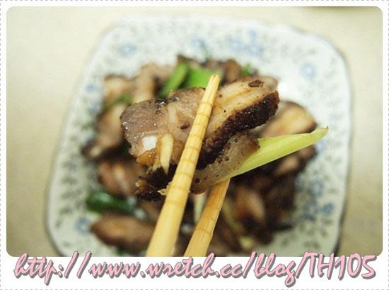 部落客,豬小排,邱媽媽鹹豬肉,烏金排骨 ,醬爆肥腸,砂鍋牛腩
