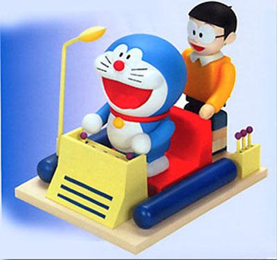 Kubrick Doraemon系列公仔,還有時光機可以操作喔!