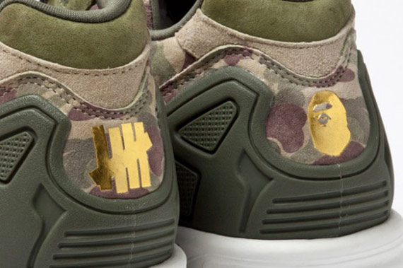 Bape x Undefeated x adidas Originals Consortium ZX5000 鞋跟LOGO